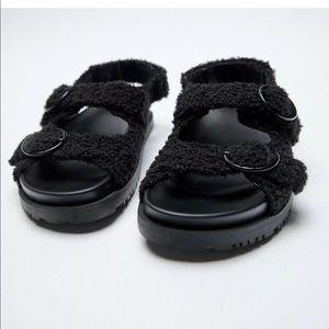 Zara flat faux fur sandals Nwt sz 7.5 euro 38
